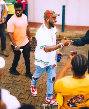 Check Out The Price In Naira Of The New Diamond Wristwatch That Davido Just Bought For Himself